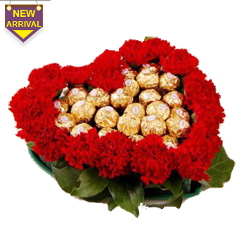20 Red Carnations arranged in a heart shape flowers with 16pcs   Ferro rocher