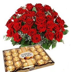35 Red Roses bunch with 24pcs  Ferro rocher