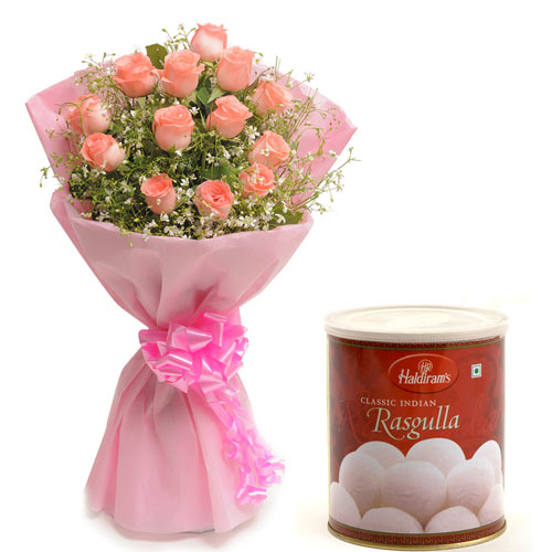 15 Pink Roses wrapped in a colour paper,1kg Rasgulla